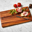 wood cutting board vs plastic cutting board and how to sanitise